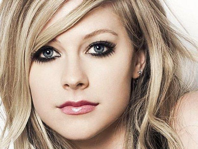 Qual música da Avril Lavigne mais combina com a sua personalidade?