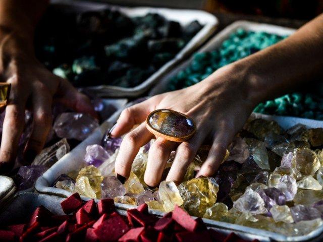 Qual pedra preciosa combina com sua personalidade?