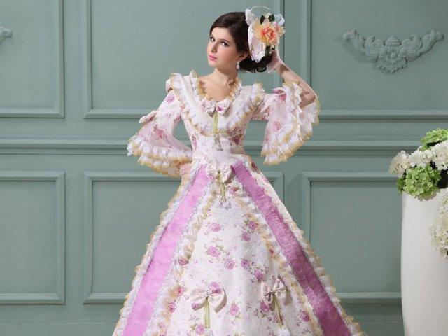 Como seria seu vestido de baile medieval?