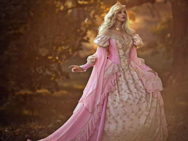 Como seria o seu vestido de princesa perfeito?