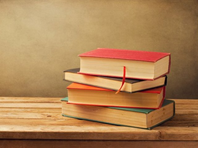 Descubra qual livro você deve ler agora! (versão p/meninas)