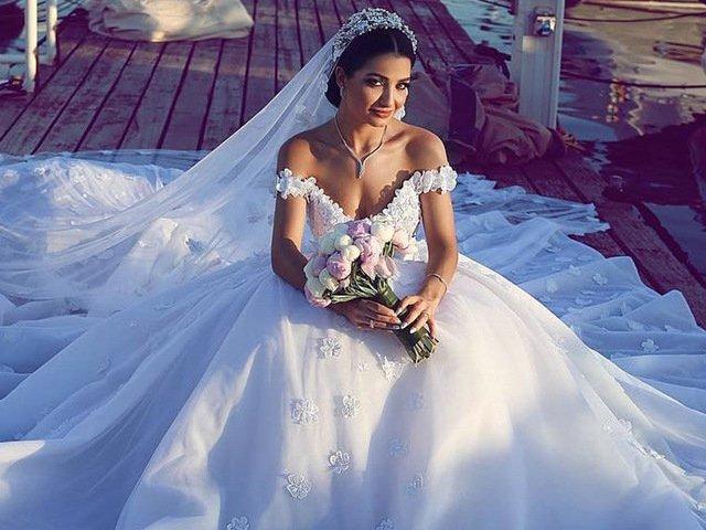 Como seria o seu vestido de noiva dos sonhos?