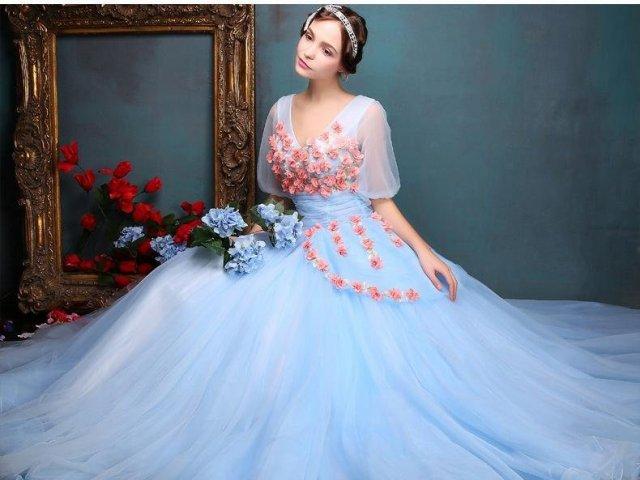 Como será o seu vestido de baile?