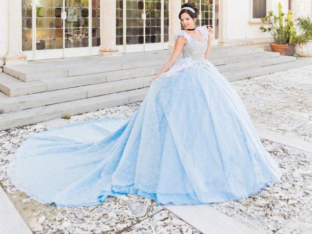 Como seria o seu vestido de 15 anos?