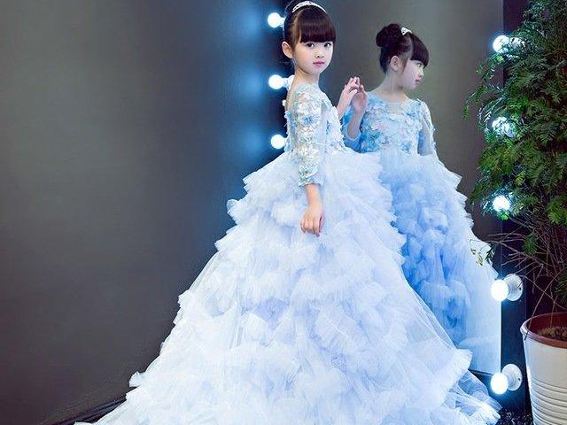 Como seria o seu vestido de princesa infantil?