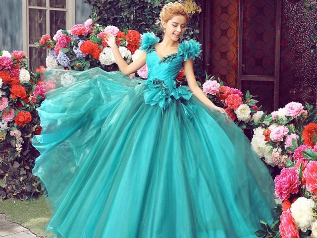 Como seria seu vestido de debutante espetacular?