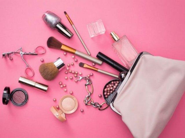 Qual item de maquiagem mais combina com você?
